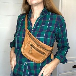 Vintage leather Fanny Pack Brown  90s cross body